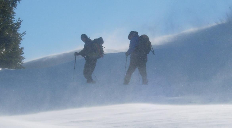 SANTÉ : Manger et  boire en randonnée hivernale