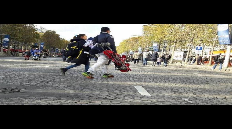 La marche, première mobilité active dans les villes